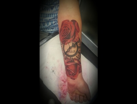 Roses  Clock   Red Roses  Arm Tattoo Color Forearm