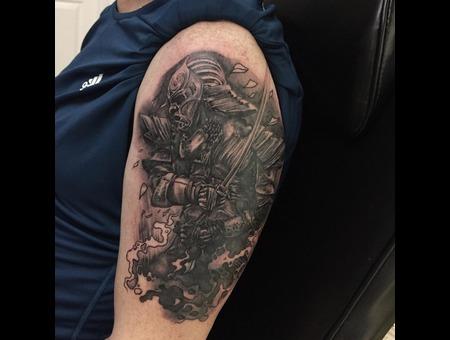 In Progress Black Grey Arm