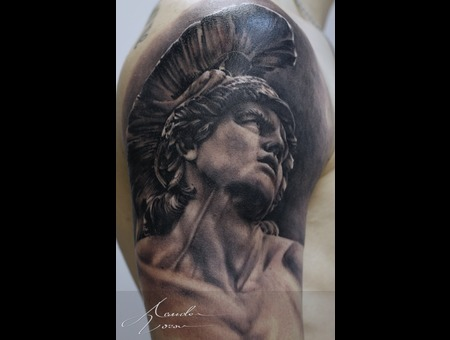 Achilles  Statue Black Grey Shoulder