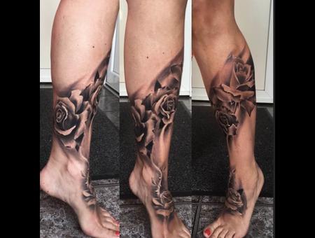 Realism Black Grey Foot