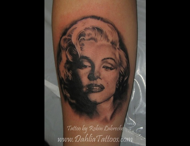 Black & Grey  Portrait  Realism  Marilyn Black White