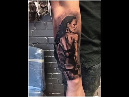 Realism Black Grey Forearm