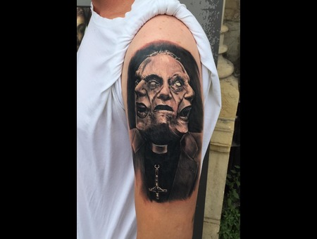 Realism Black Grey Arm