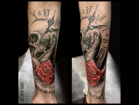 Skull  Rose  Clock Black Grey Arm