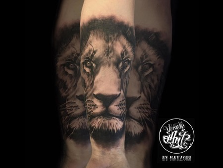 Blackandgrey  Dark  Darkart  Lion  Liontattoo Black Grey Forearm