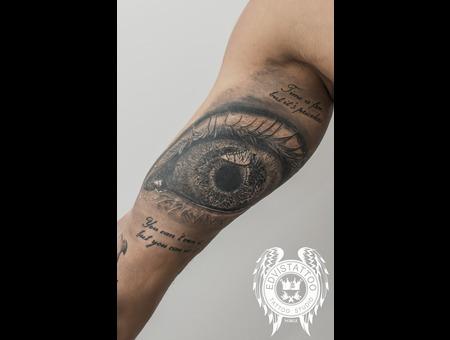 Yee  Crazy Eye  Realistic Eye Tattoo Black Grey Arm
