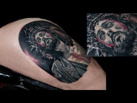 Christ Jesus Bigtattoo Realistic Realism Blood  Black Grey Thigh