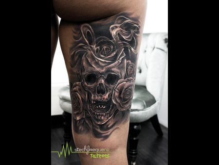 Skull  Eye  Roses  Black And Grey  Smoke  Realistic Black Grey Thigh