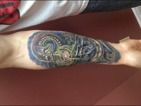Colour  Snake  Pyramid  Mystic  Bizarre  Color Forearm
