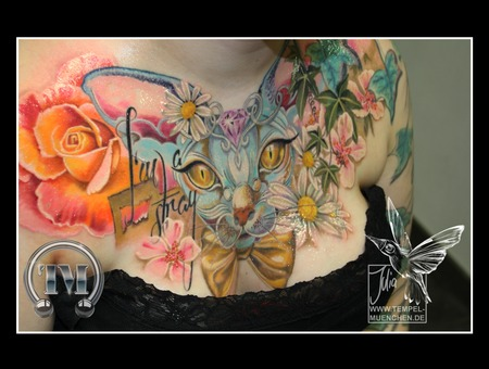 Chestpiece  Sphynx  Cat  Rose  Stray  Flowers  Painted Color Chest