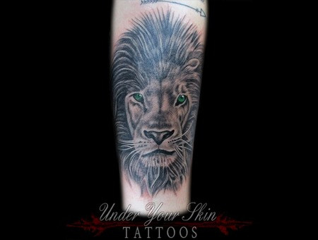 Lion Portrait Black Grey Forearm