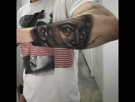 Dali Black Grey