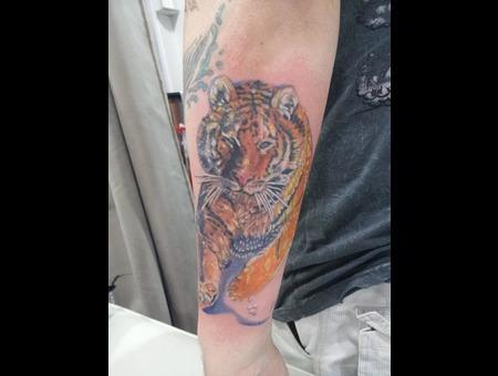 Tiger  Hyper Colour  Realistic  Detail Color Forearm