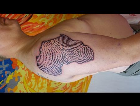 Africa  Fingerprint  Black Grey Arm