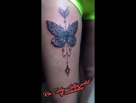 Arrow Butterfly Black Grey Thigh