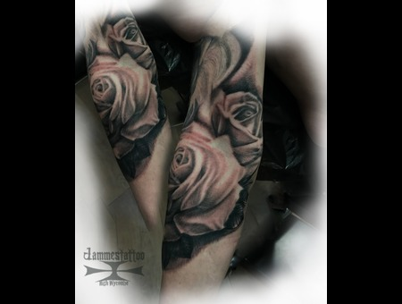 Roses Jammestattoo Highwycombe Black Grey Arm