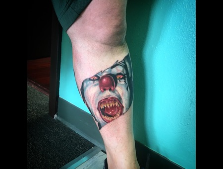 It Portrait Color Lower Leg