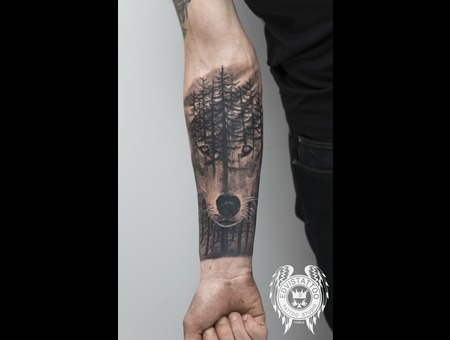 Wolf Tattoo Black Grey Forearm