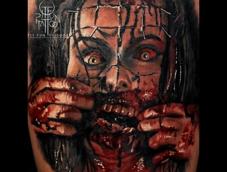Horror Evil   Bloody Color Portrait  Color Thigh