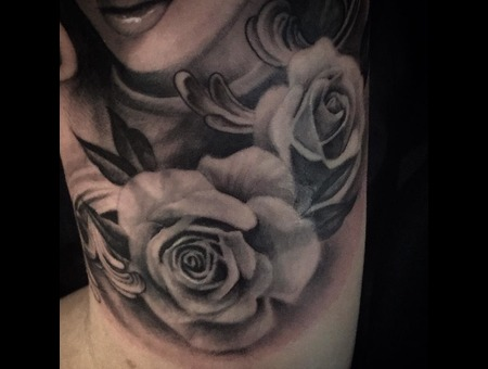 Rose  Roses Black Grey Arm