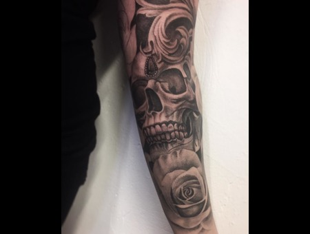 Rose  Roses  Skull  Realistic  Inprogress Black Grey Arm