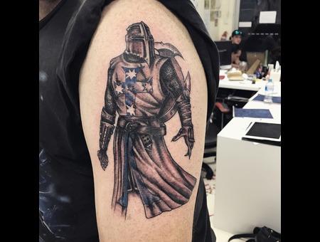 Knight  Black Grey Arm