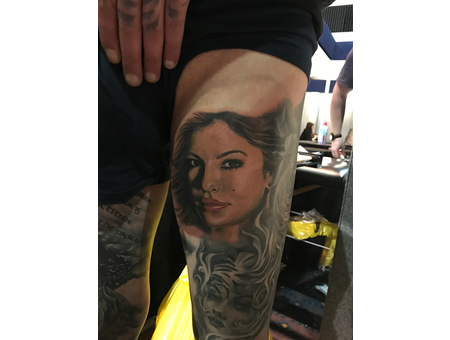 #Colortattoos #Portrait Color Thigh