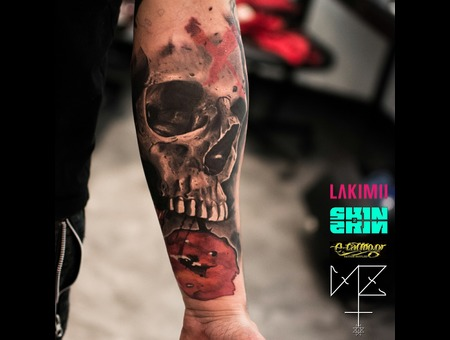 Skull Color Forearm