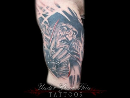 Freddy Kruger  Horror Black Grey Arm