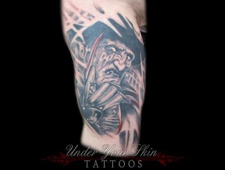Freddy Kruger  Horror Black Grey Arm