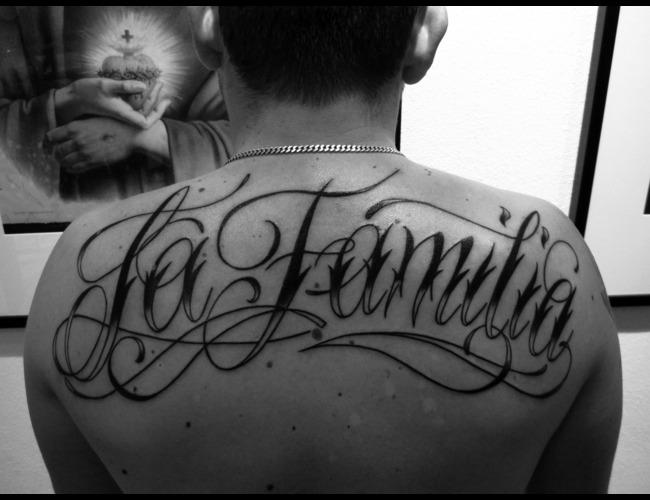 Lettering  La Familia  Black White