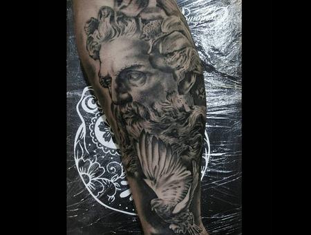 Greek God Dove Black Grey Forearm