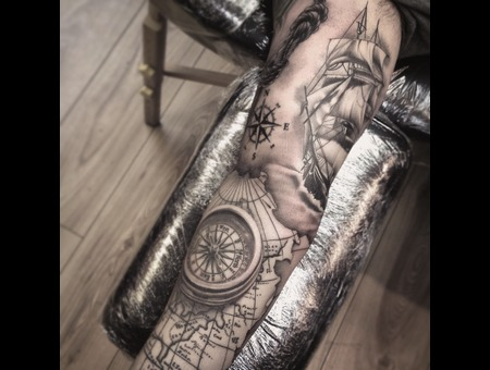 Pirateship   Map Sleeve  Black Grey Arm