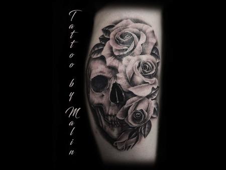Skull  Roses  Realism  Black Grey Lower Leg
