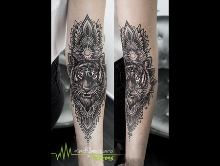 Mandala  Tiger Black Grey Arm