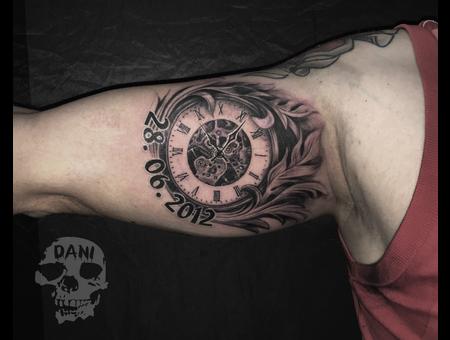 Watch  Uhr Black Grey Arm