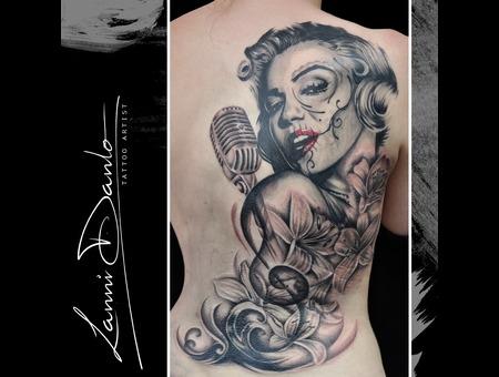 Marylin  Skull  Catrina  La Catrina  Death  Mic  Music Black Grey Back