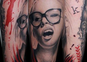 portrait, crazy, glasses, trash,