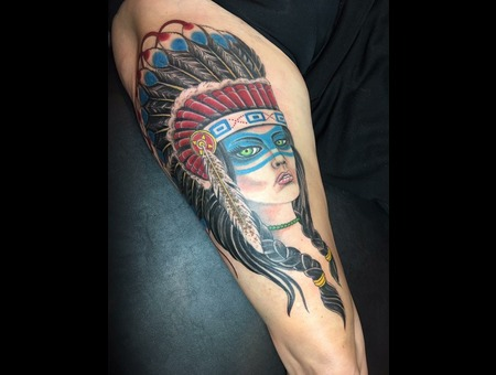 Native American  Headdress  Color Thigh