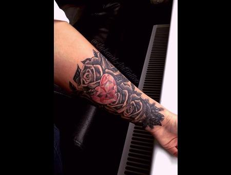 Heart  Jewelry  Flower Tattoo. #Inkandarttattoo Color
