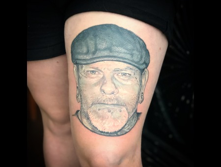 Portrait  Realistic  Face Black Grey Thigh