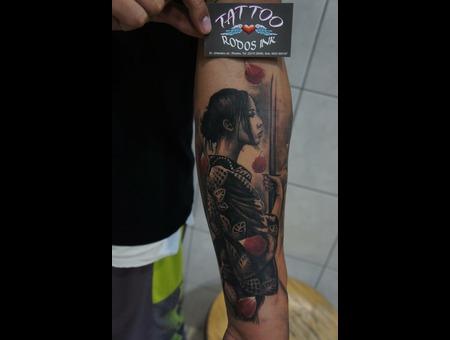#Rodosink#Geishatattoo#Warriourgeishatattoo#Realistictattoo#Japanesetattoo# Black Grey Forearm