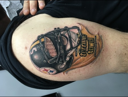 Steelers Helmet  Color Arm