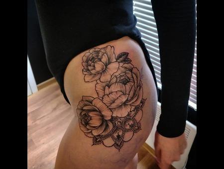 Flower  Mandala Tattoo. Ink&Art Tattoo Shop Black Grey Hip