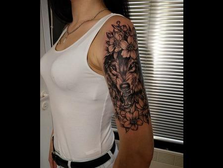 Wolf  Flower Tattoo Design. Ink&Art Tattoo Shop Black Grey Shoulder