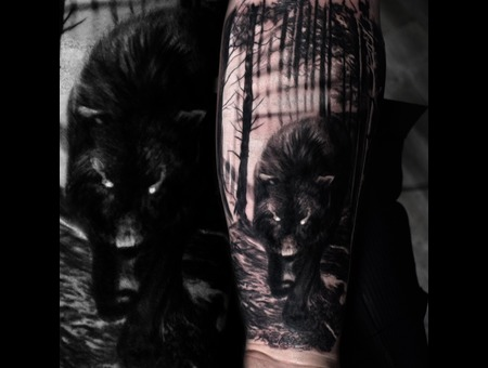 Wolf Forest Black Grey Forearm