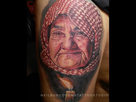Refugee  Oldwomanportrait Color Thigh