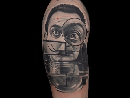 Dali Portrait Black Grey Arm
