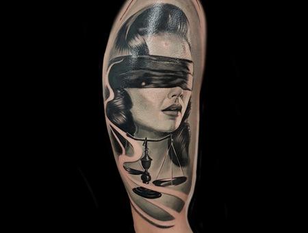 Lady Justice Black Grey Arm