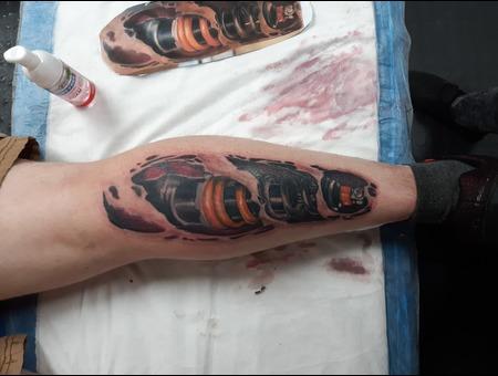 Skye Raath Color Lower Leg